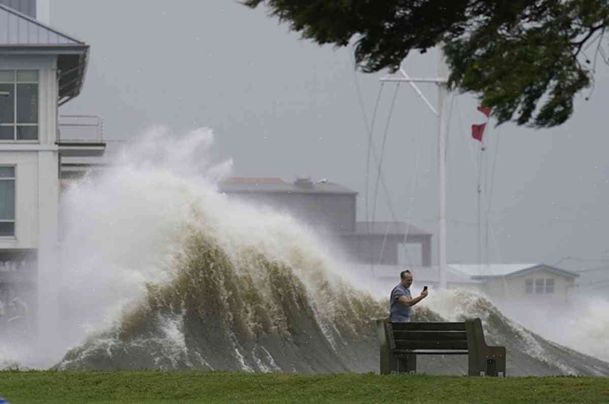 Photos from the historic Ida storm